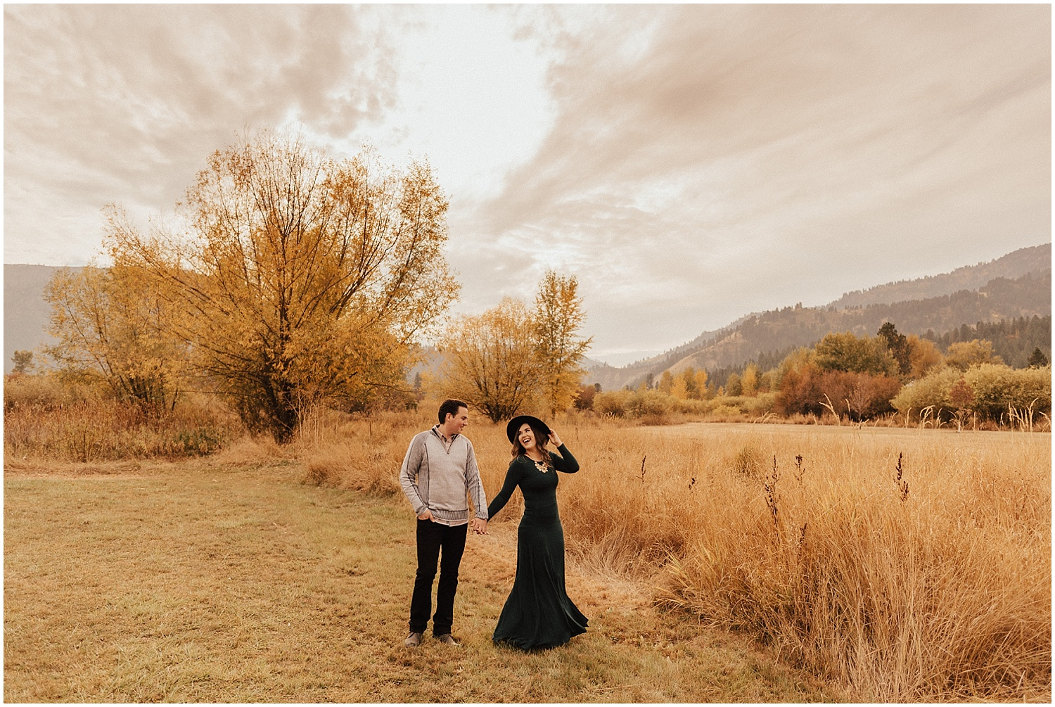 mccall-idaho-garden valley-fall-engagement-session-mountain engagement11.jpg