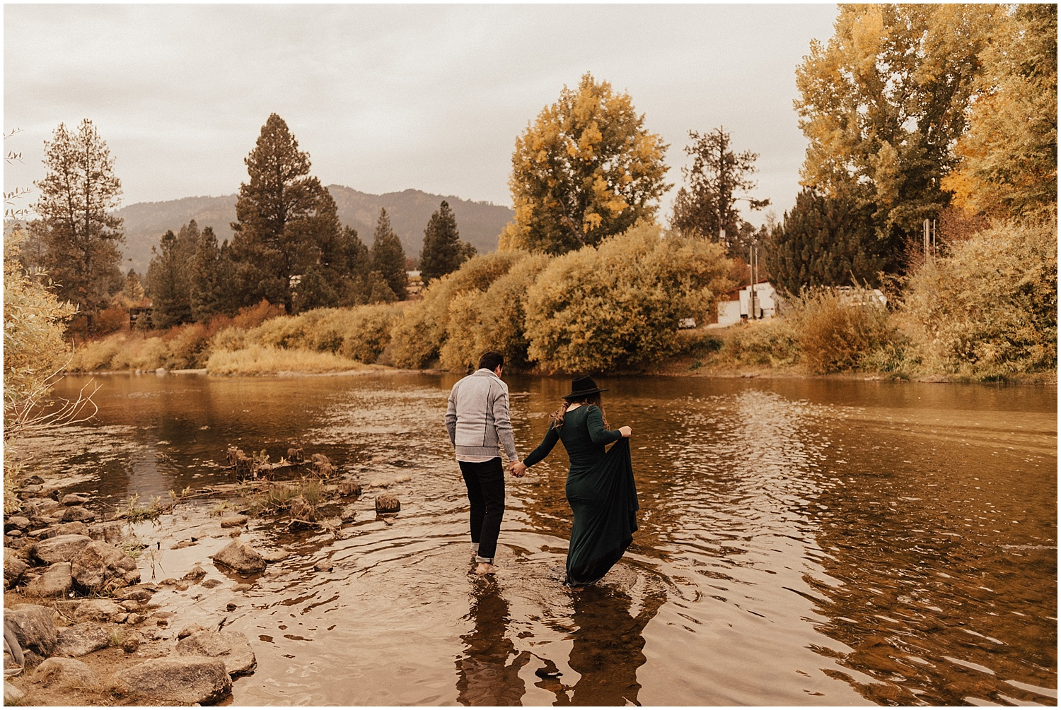 mccall-idaho-garden valley-fall-engagement-session-mountain engagement14.jpg