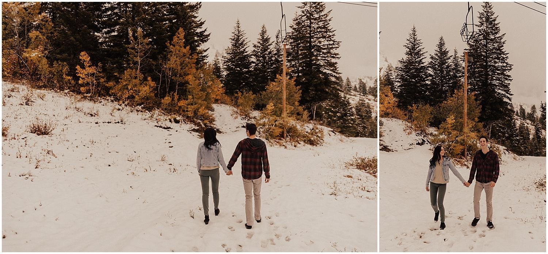 idaho-fall-winter-engagement-golden-retreiver16.jpg