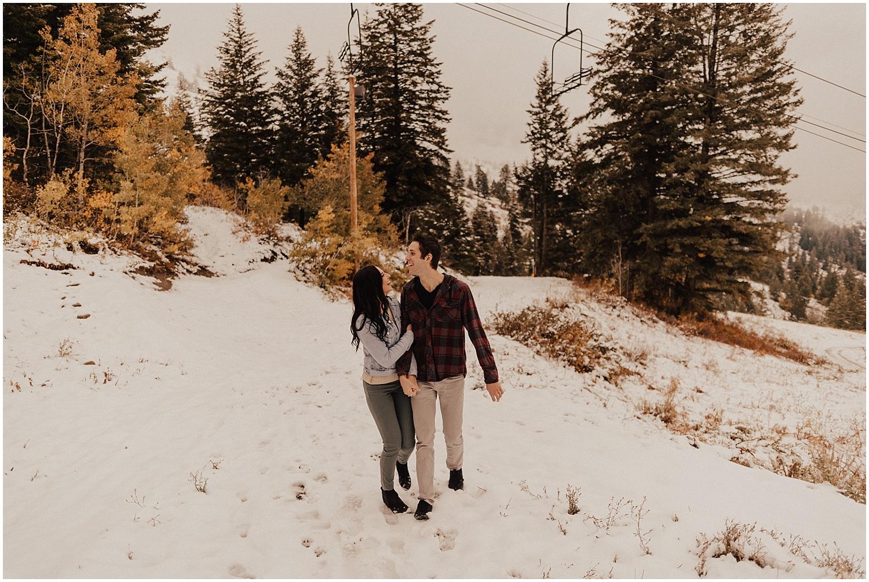 idaho-fall-winter-engagement-golden-retreiver17.jpg