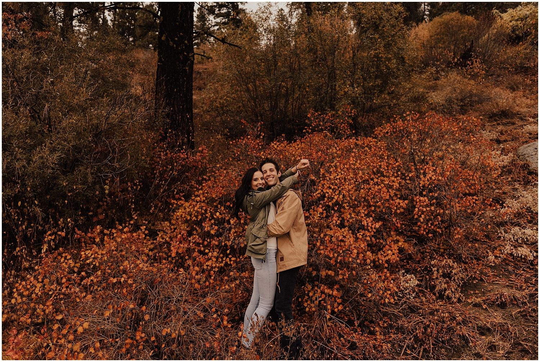 idaho-fall-winter-engagement-golden-retreiver42.jpg