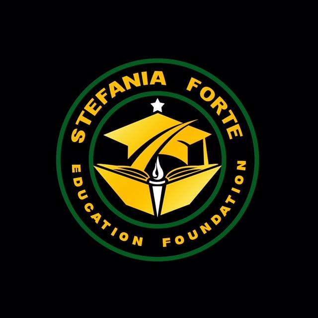 STEFANIA FORTE2.jpg