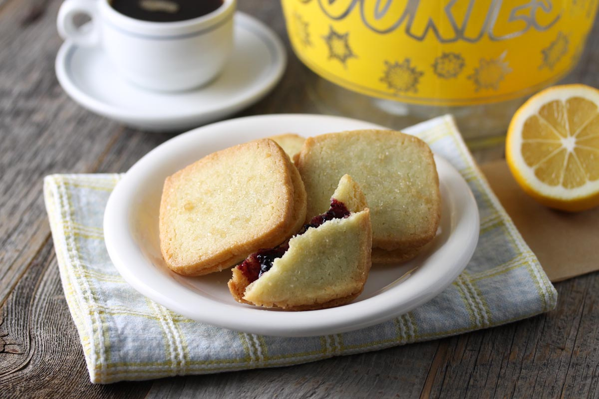 Lemon Biscuit with Wild Blueberry Jam