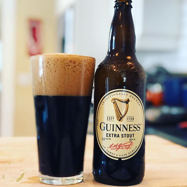 Happy St. Patrick's Day! Had to crack open a Guinness Extra Stout. And before you @ me, yes I've had Guinness at the source. And yes is far better than what we get here. But hey, this Guinness is better than no Guinness, right? . . . . . . . . #stpatricksday #happystpatricksday #guinness #guinnessstout #irishstout #beerstagram #cheers #guinnessextrastout #🍻🍻 #beer
