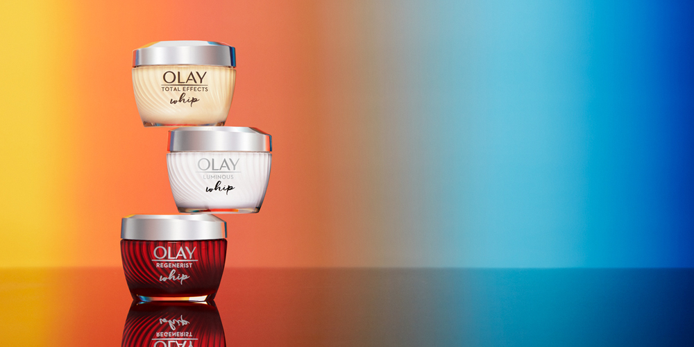 COMITA_180726_OLAY_Web-2-26-24Hr-Whips-039-reflection_B2-Web 2.jpg