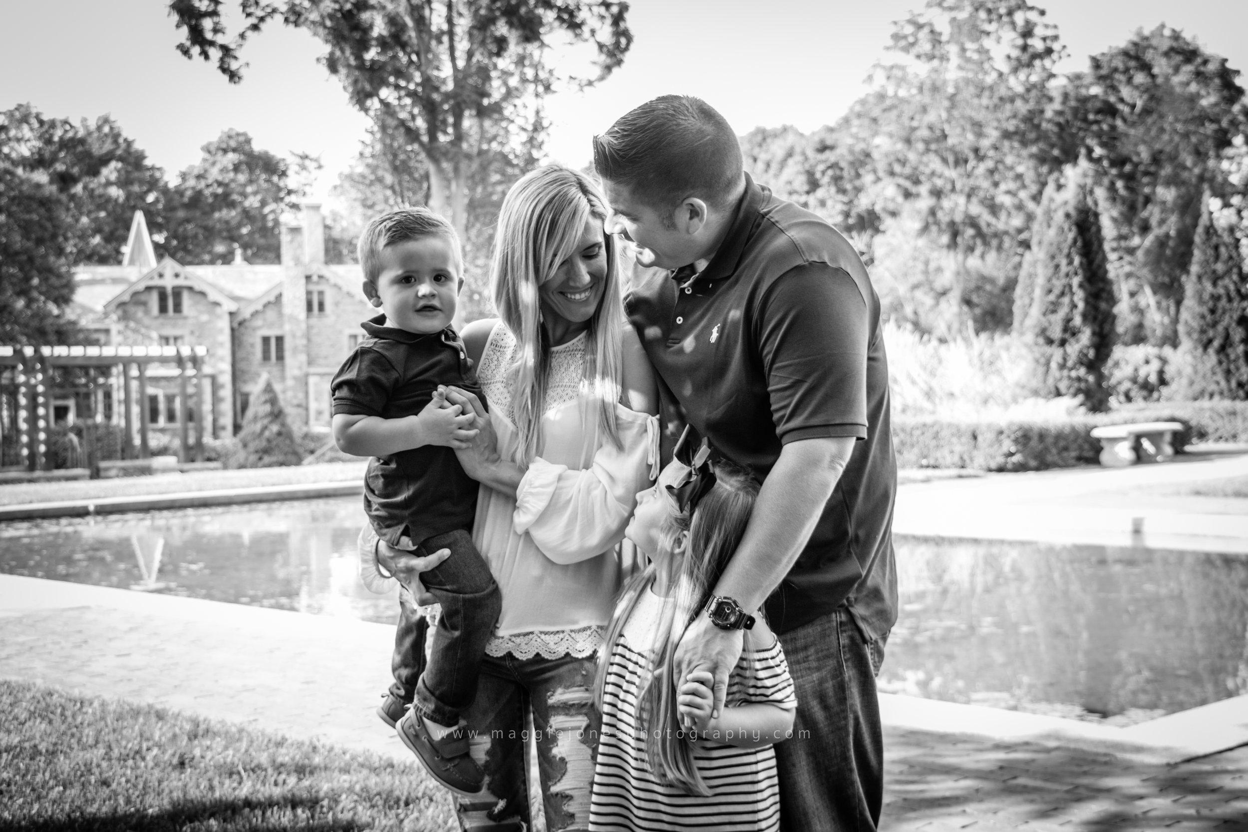 Jessie+Russ_familysession-1-11.jpg