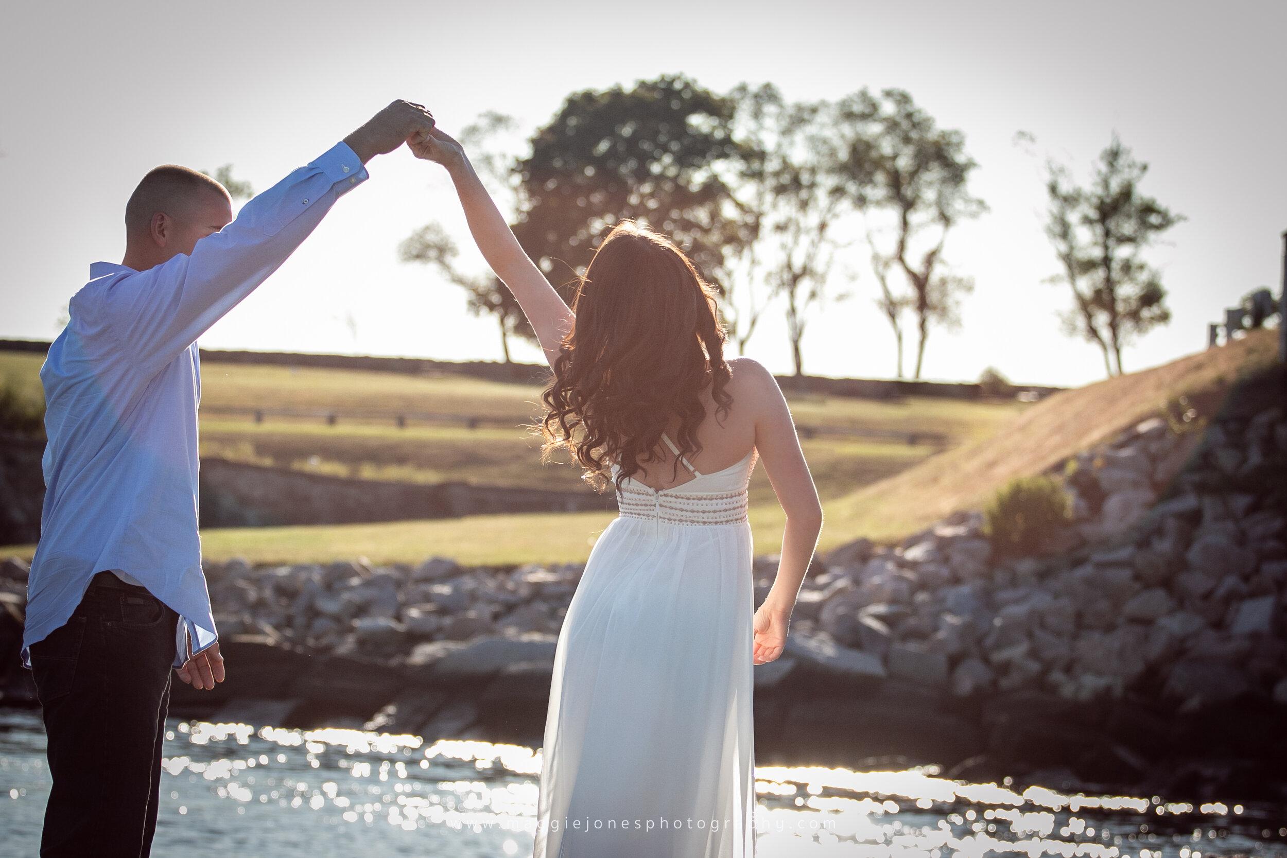 Kristen+MikeEngagement_BLOG-1-18.jpg