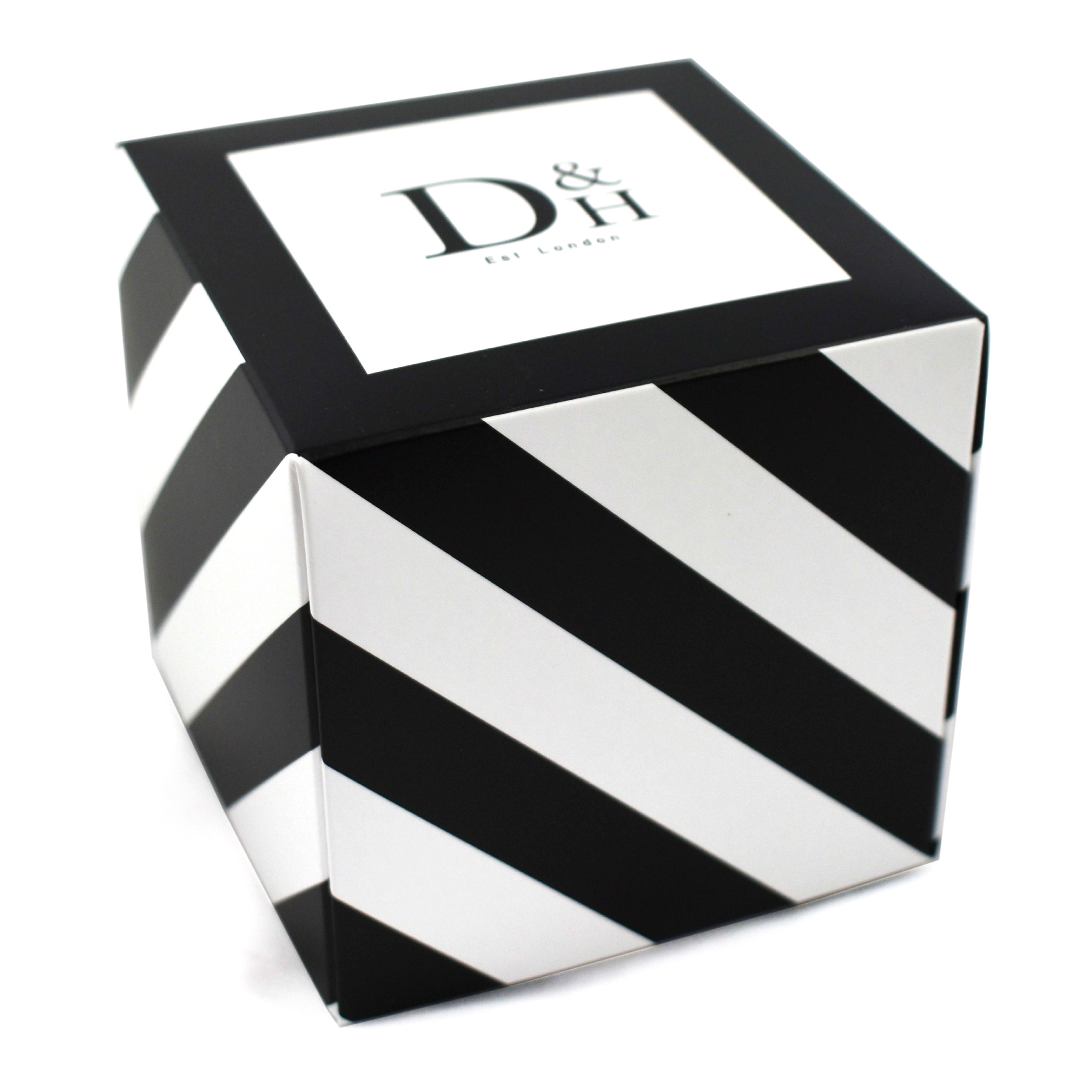 Ideal for gifts and great for instore displays. They can be delivered ready made or flat packed for easy storage.