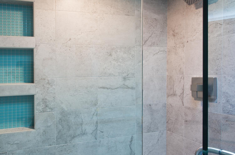shower2-ne.jpg