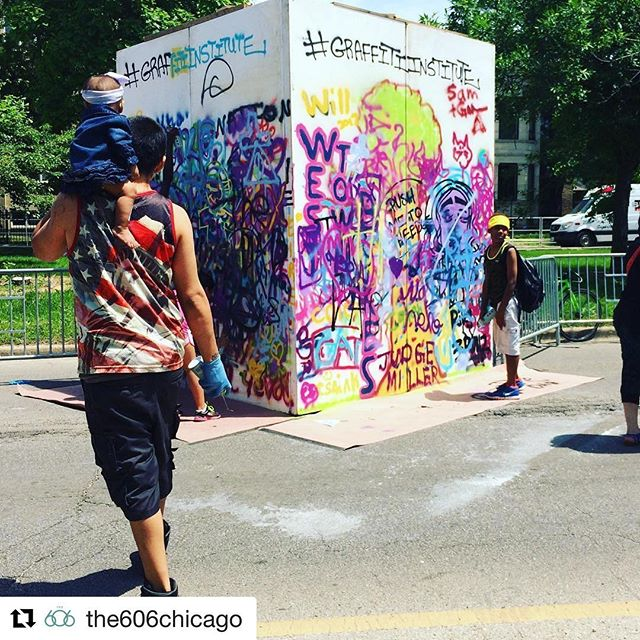 #Repost @the606chicago (@get_repost) ・・・ Come learn the art of #graffiti with @graffitiinstitute at The #606blockparty today!