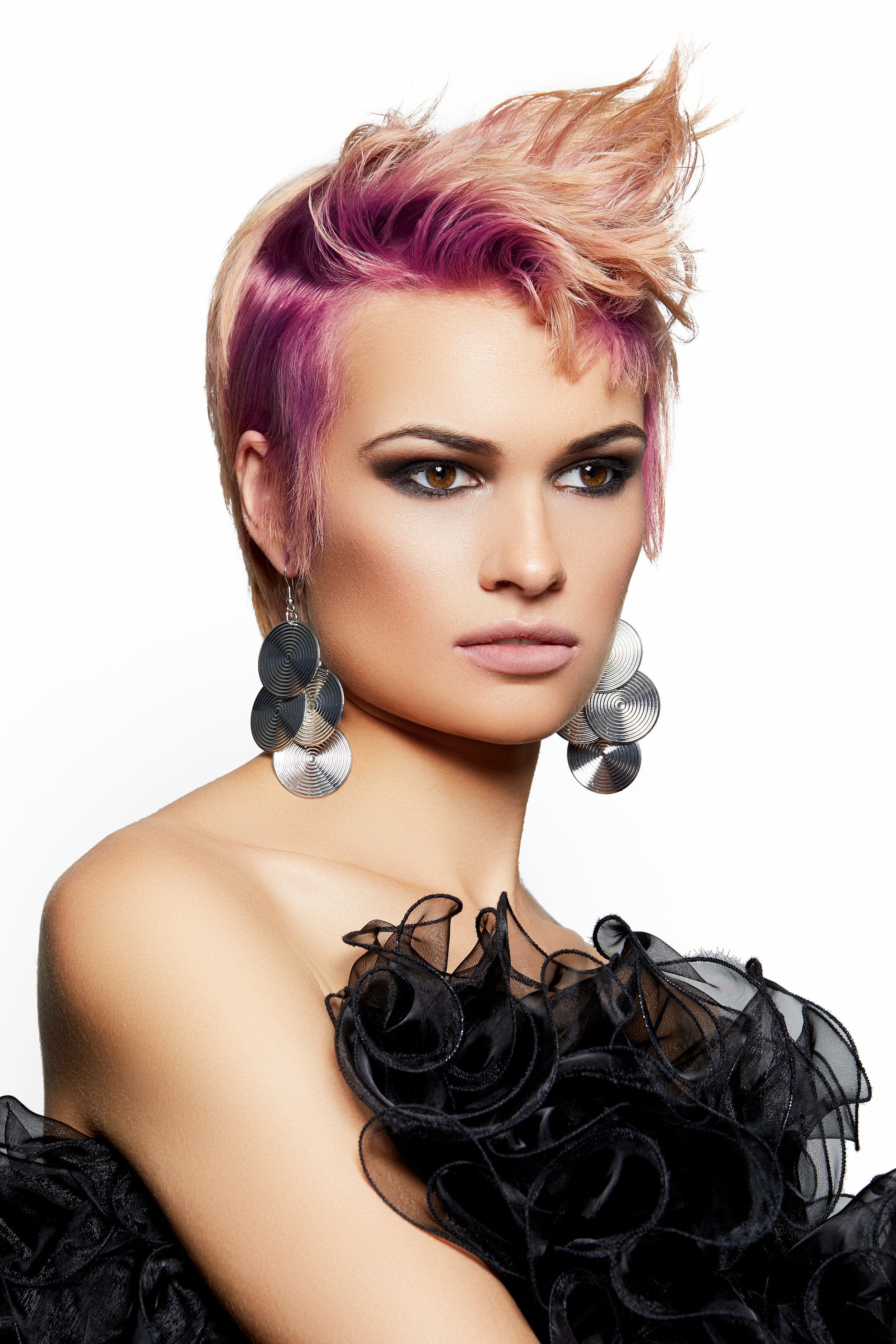 PEOPLE'S CHOICE WINNER Anthony Bayer from Anthony Bayer Hair (C10).jpg