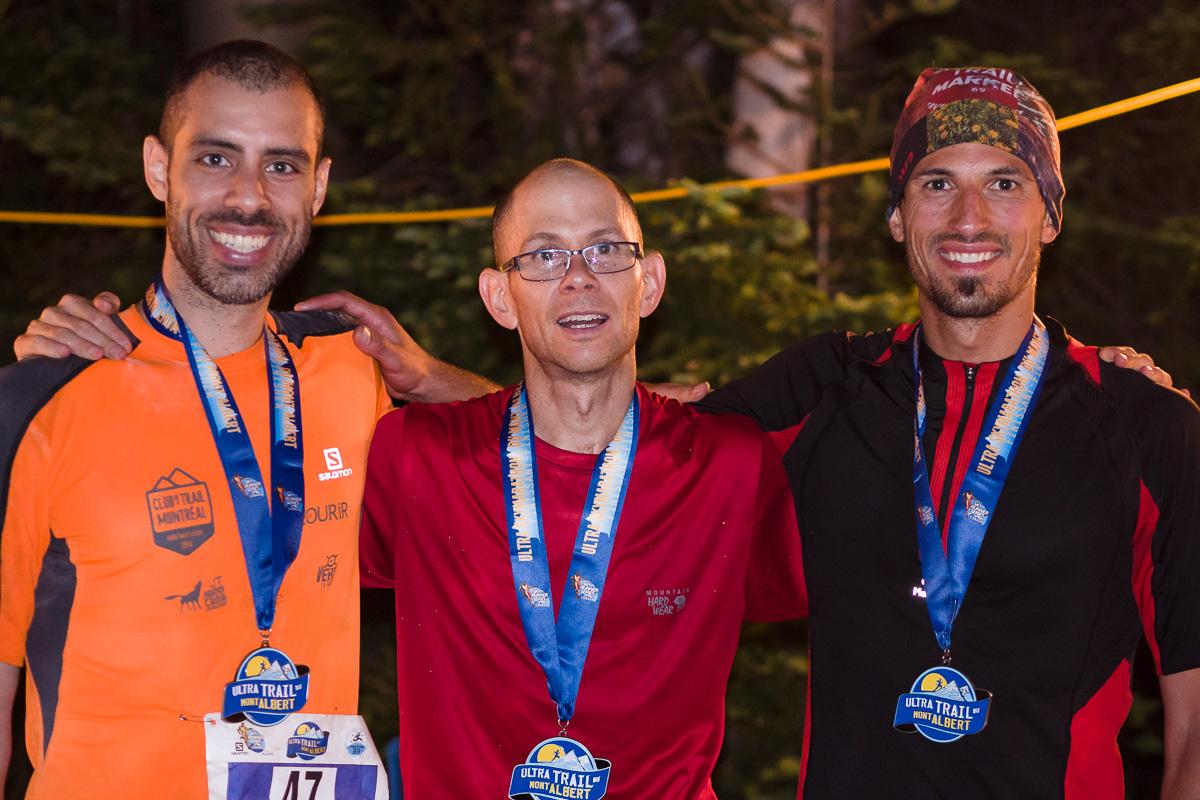 Richard, Sébastien et Mathieu à l'arrivée du 100km du Mont Albrert