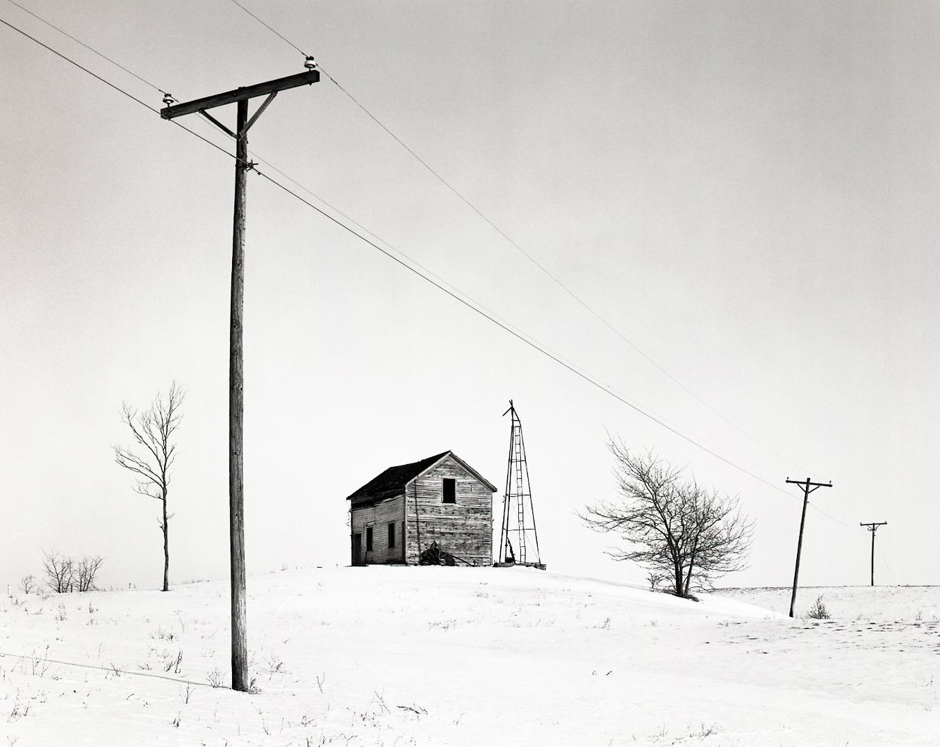 12_08_Ridott_IL_Winter+Landscape_Telephone+Pole+&+Barn_Neg_1_edit.jpg