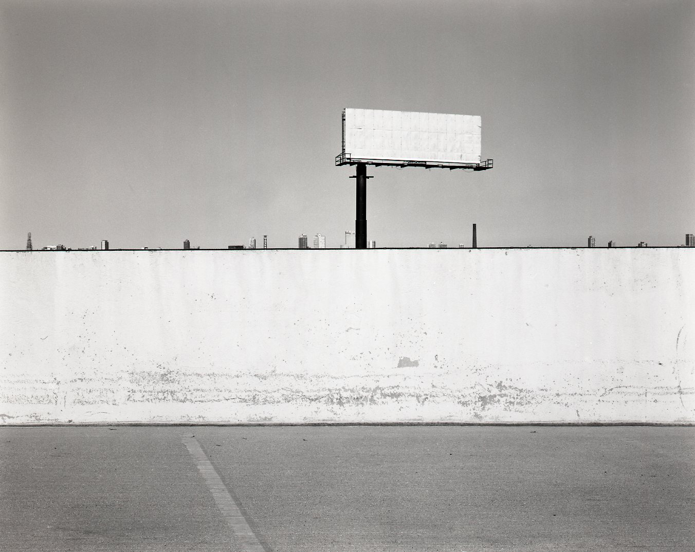 5_12_Chicago_IL_Webster+Place_Vacant+Billboard_R1_Neg_1_edit.jpg