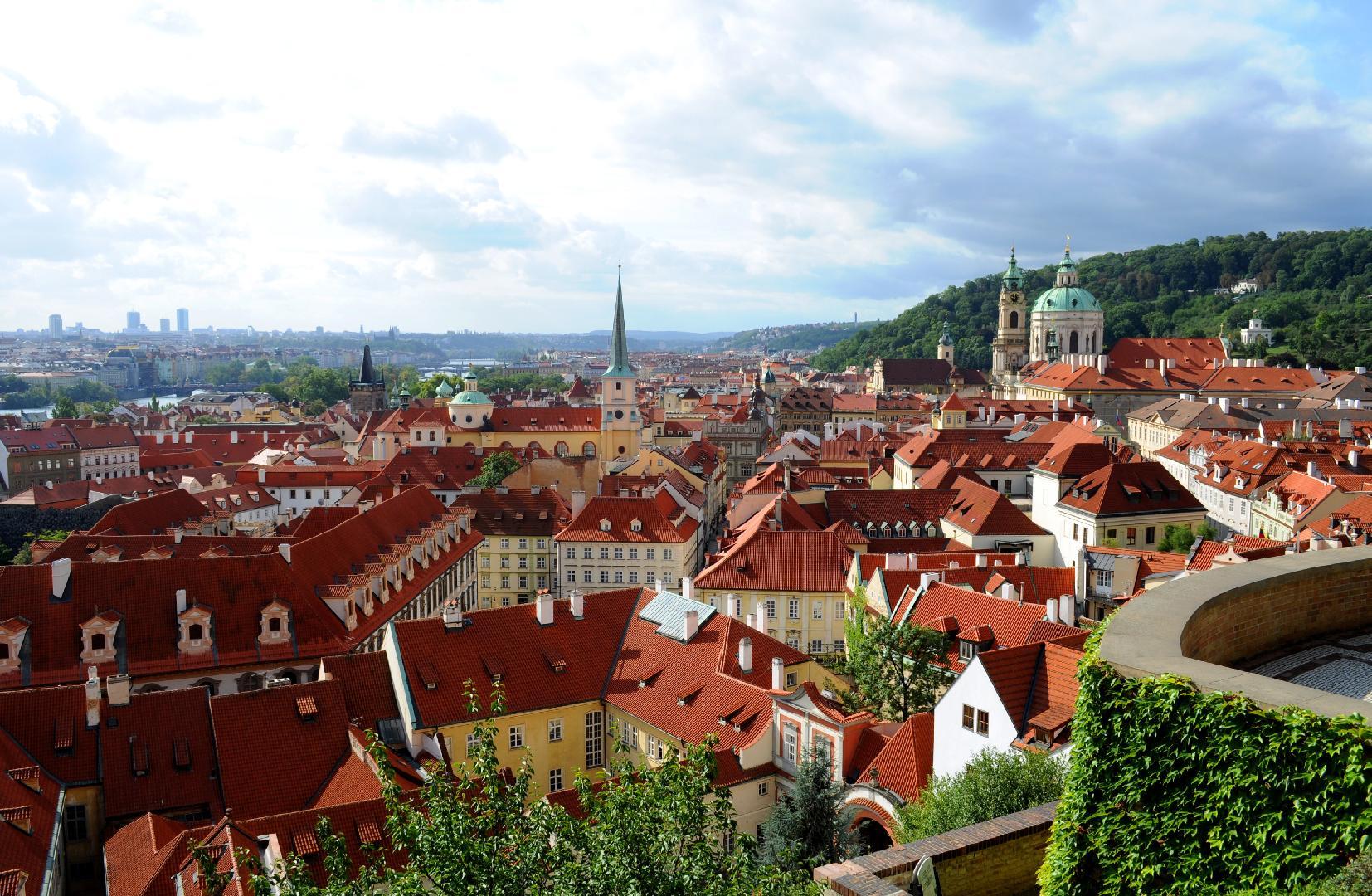 Prague 2.jpg
