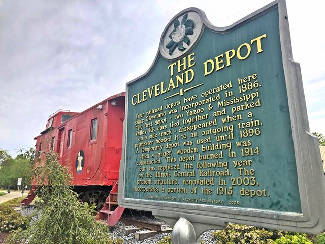 Hey Cleveland, we're coming for you! Members - check your email next Thursday, April 18th at 3 pm to grab your tickets for DSC at The Cleveland Depot with Chef Matthew Raiford! Get them before they're gone! #dsc #clevelandms