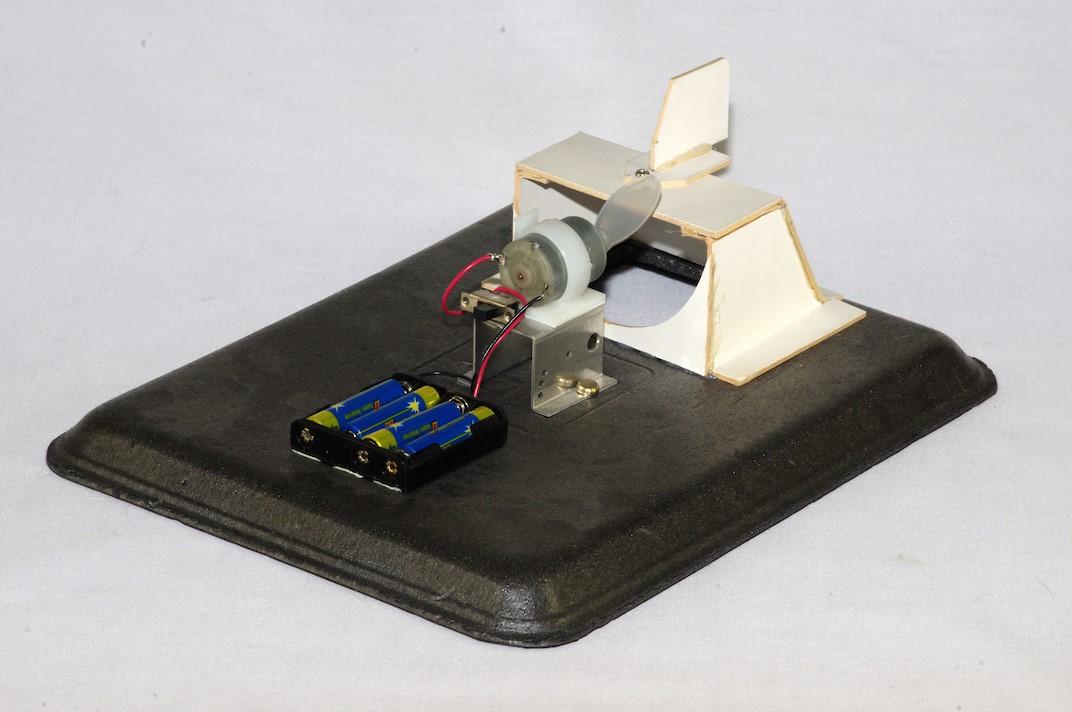 Hovercraft model