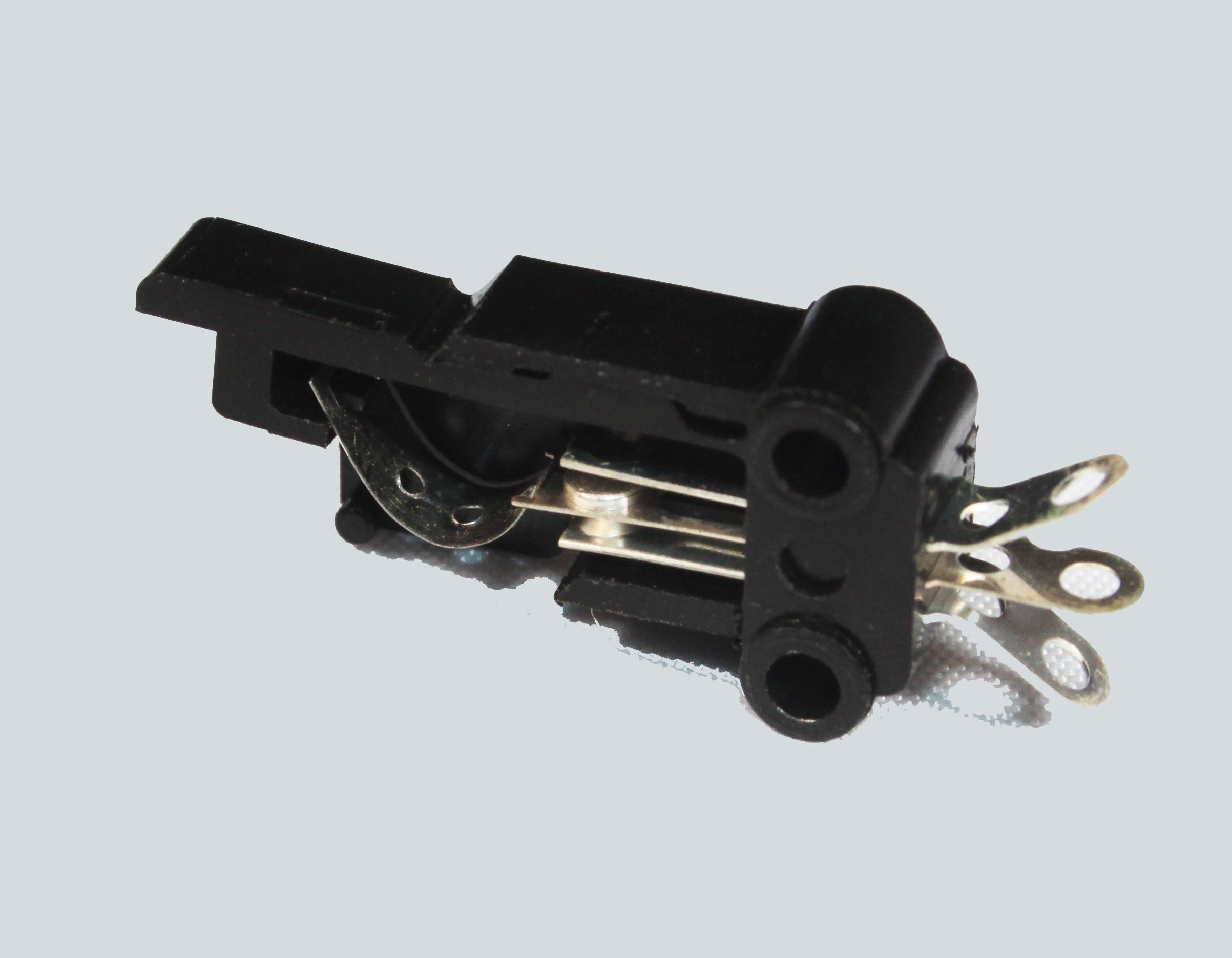 LEAF SWITCH - LARGE - Code: LEAFSL12V 1 Amp; Operating Force: 100g (max)Price: $0.20
