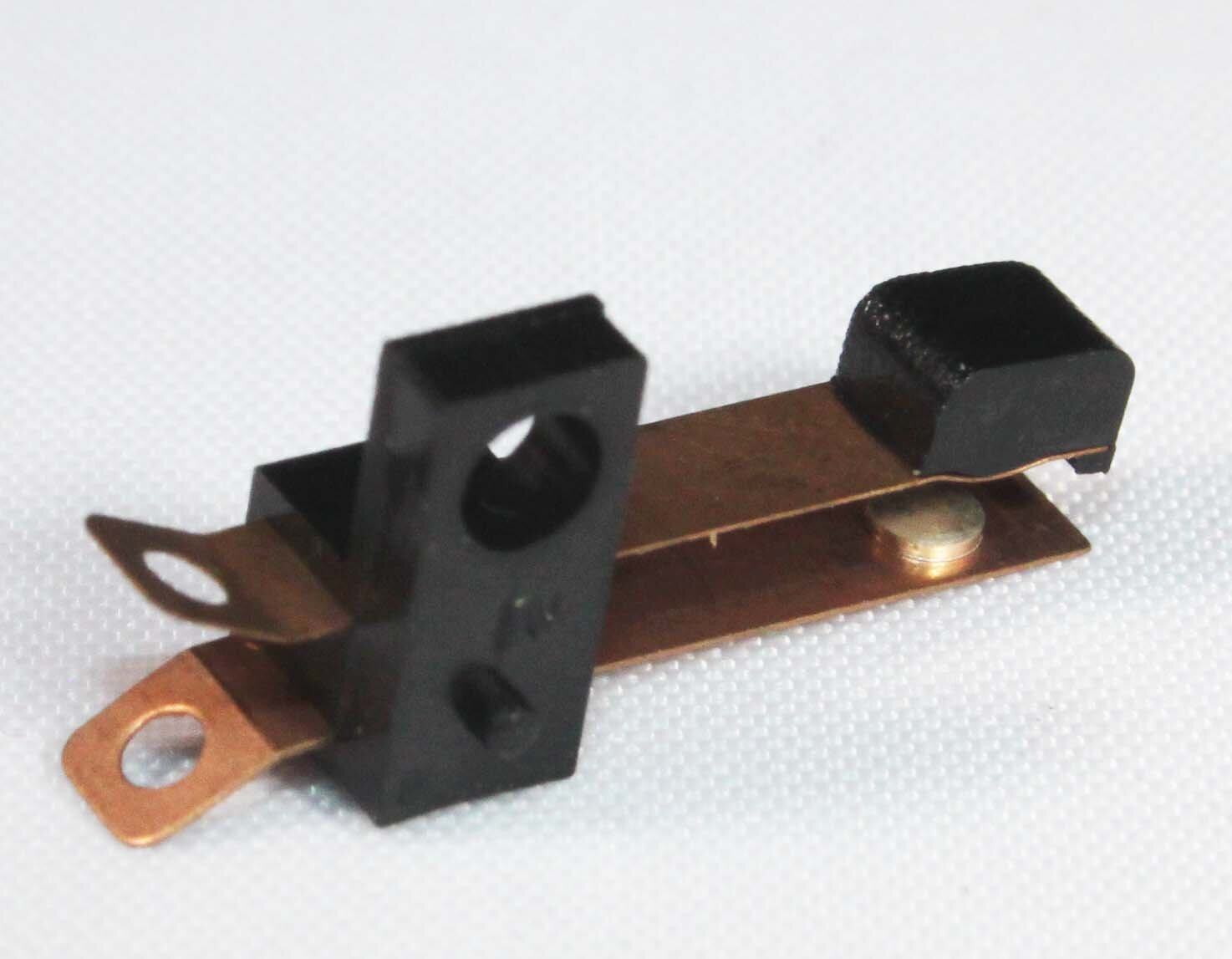 LEAF SWITCH - SMALL - Code: LEAFSS50V 0.5Amp; Operating Force: 100g (max)Price: $0.15