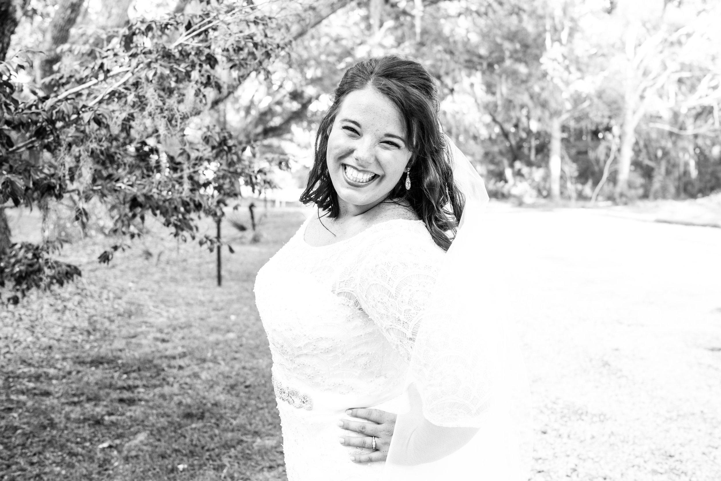 Kayla   Bridals-27.jpg