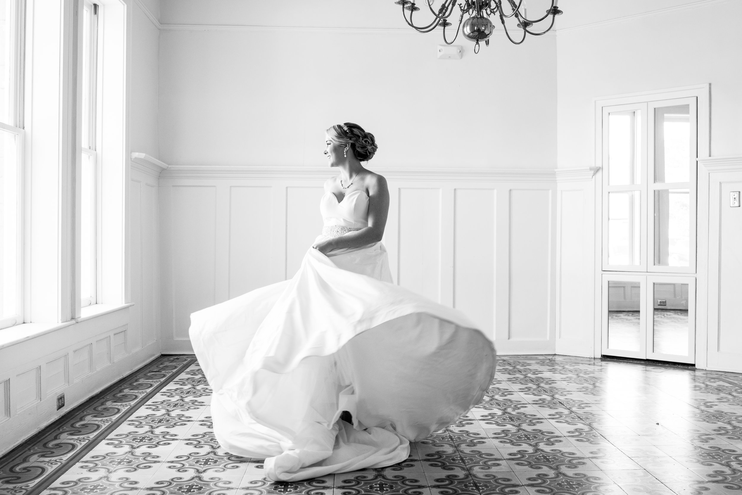 Catherine Bridal Portraits The Pillars of Mobile Alabama