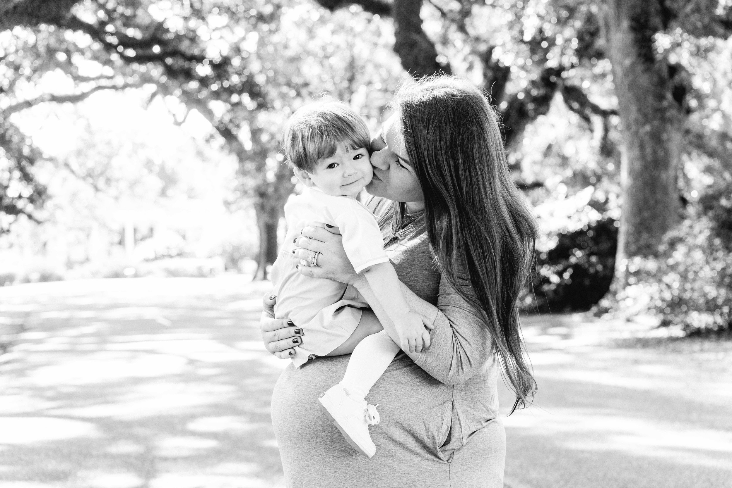 Natalie Mobile Alabama Family Photographer Deborah Michelle Avenue of Oaks Springhill College