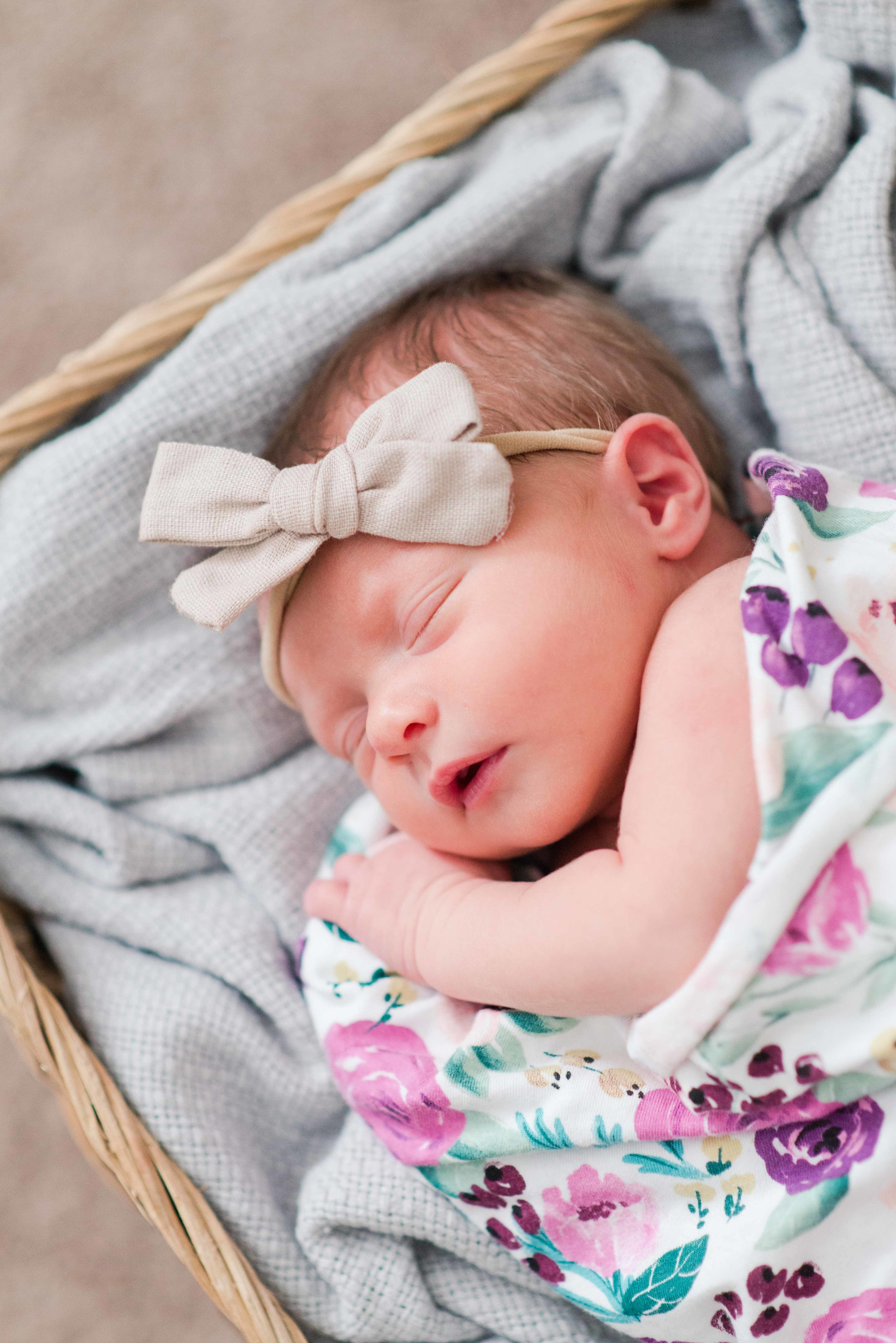 Lifestyle Newborn Portrait Session Alabama Photographer Deborah Michelle Photography