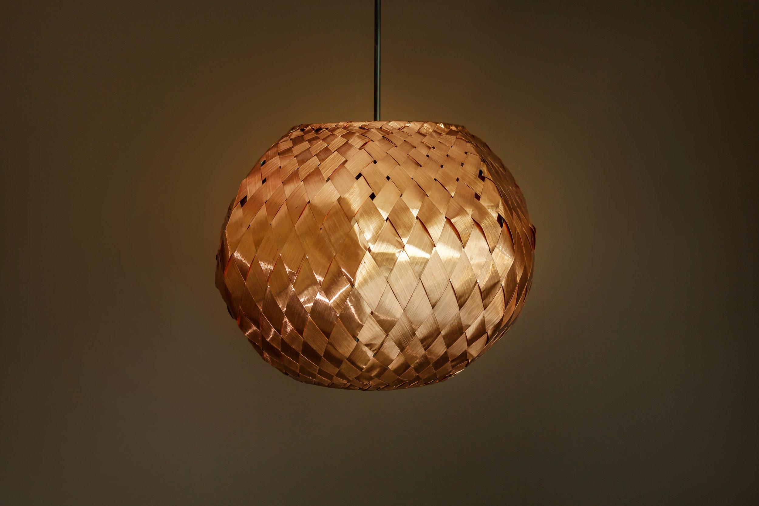 wooven copper pendant by cu29 lightware.JPG