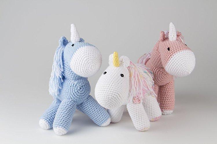Unicornio tejido crochet - MXN $500