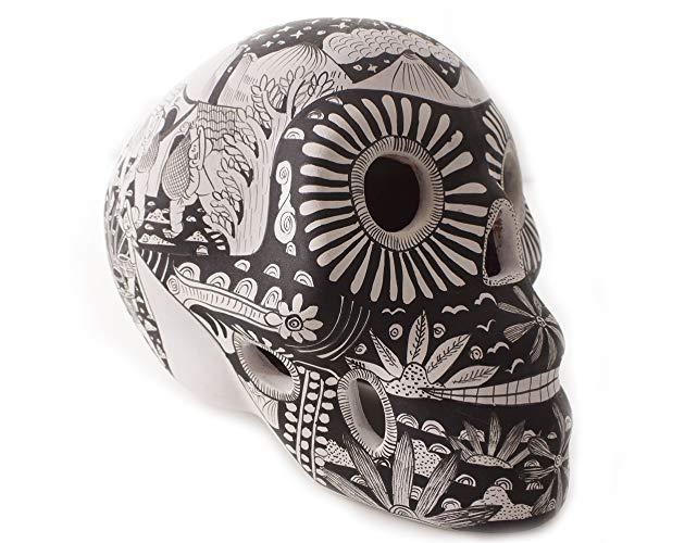 Cráneo pintado con Estampas de Vida - MXN $1200.00