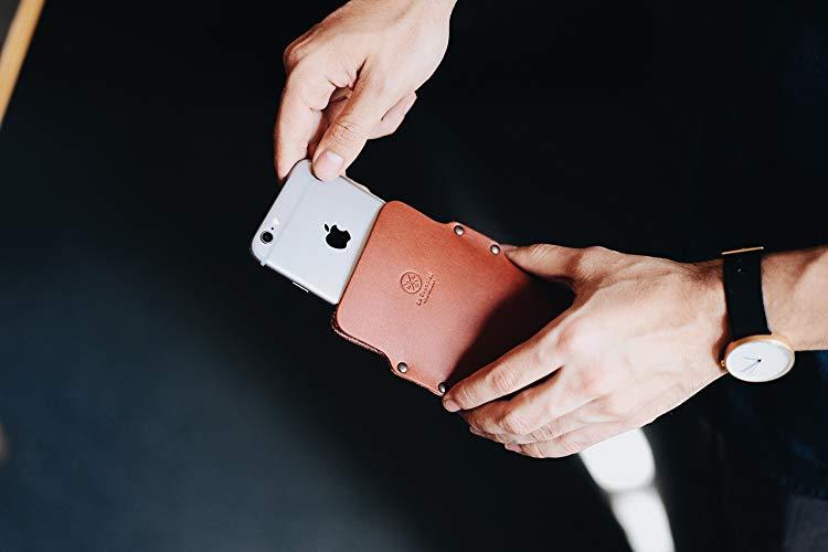 Funda para celular de piel - MXN $449