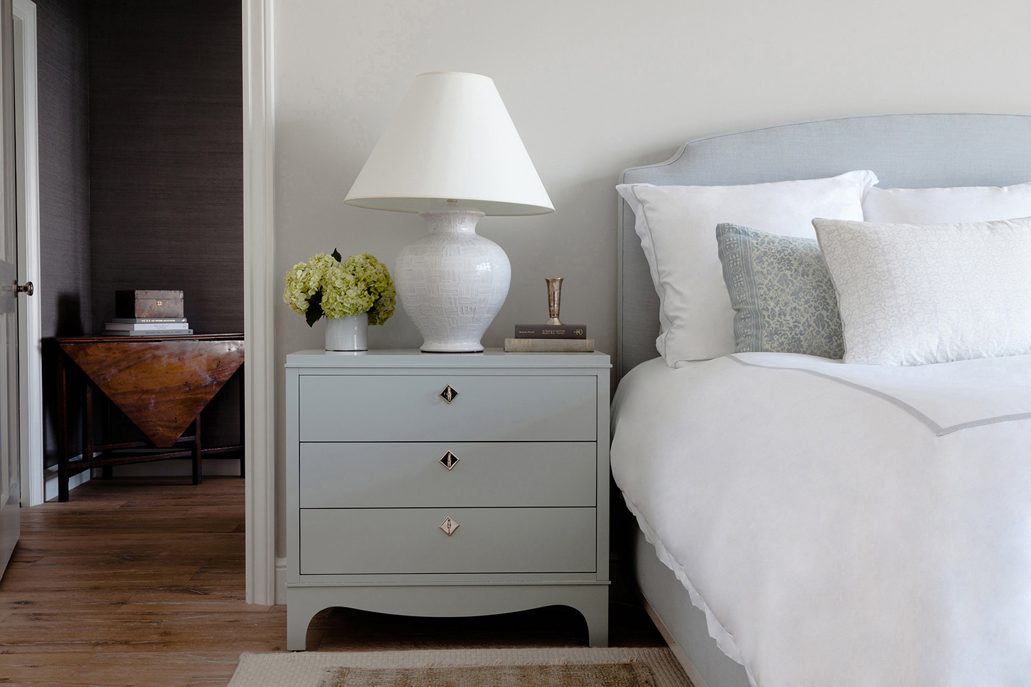 Lacquering nightstand San Francisco Bay Area and Los Angeles