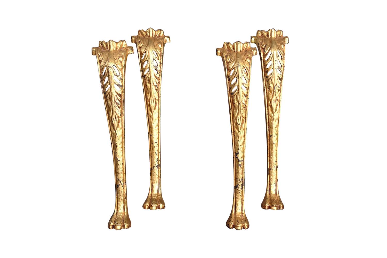 Vintage Gilded legs ready to be revitalized | Revitaliste