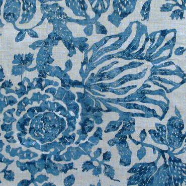 "Carolina Irving Textiles ""Exotic Bloom"" in Delft"