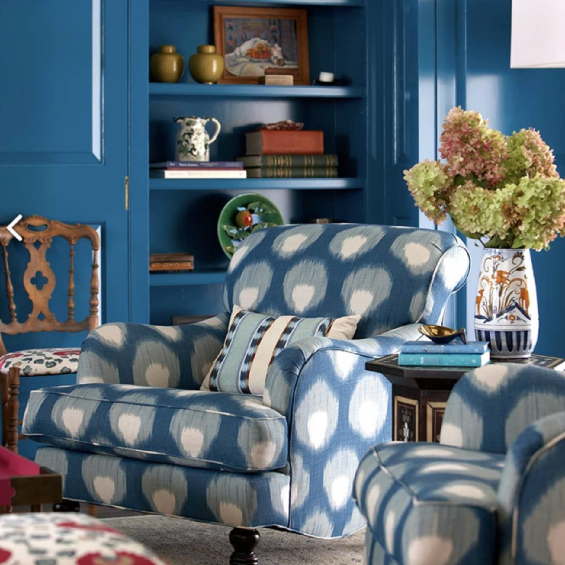 Interior design by Molly Luetkemeyer . Photo via  Peter Dunham Textiles .