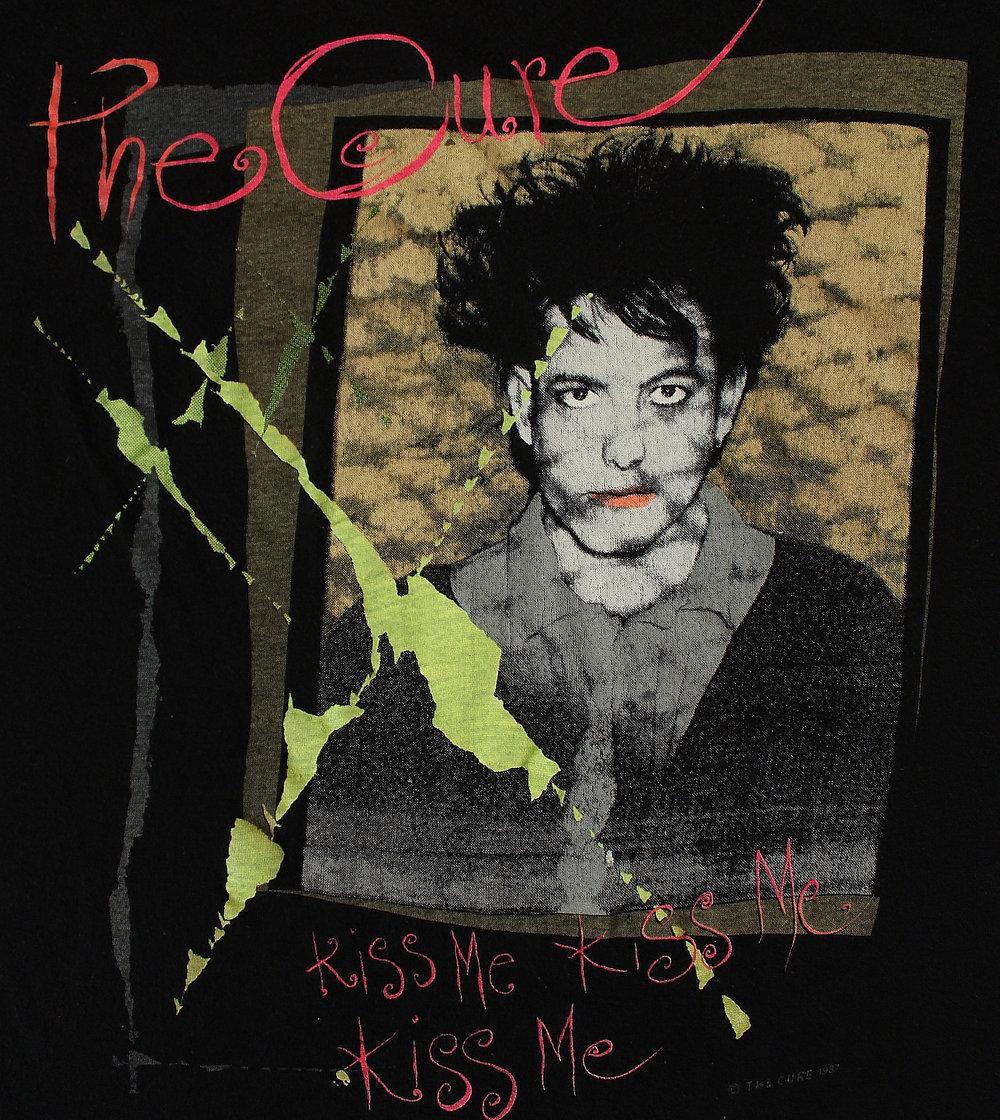The Cure shirt Kiss Me Kiss Me Kiss Me shirt English post-punk band shirt New wave Men/'s size M