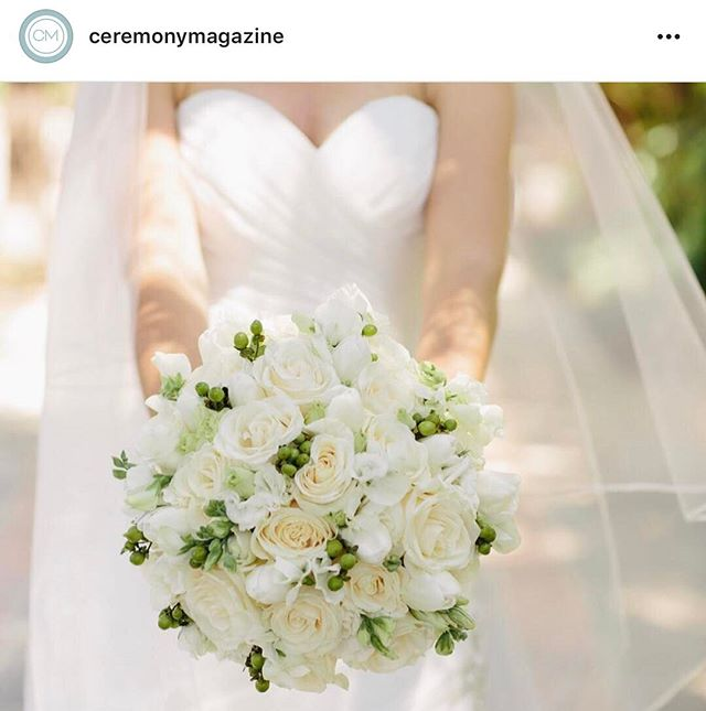 Sharing from @ceremonymagazine's original post: This classic beauty is gracing our blog today! Photo by @memoirestudio  @bbfloraldesign | @gardencourthotel | @morileeofficial | @_globalbridal ceremonymagazine. . . . . #bouquet #bridalbouquet #bride #wedding #weddingday #weddinginspiration #flowers