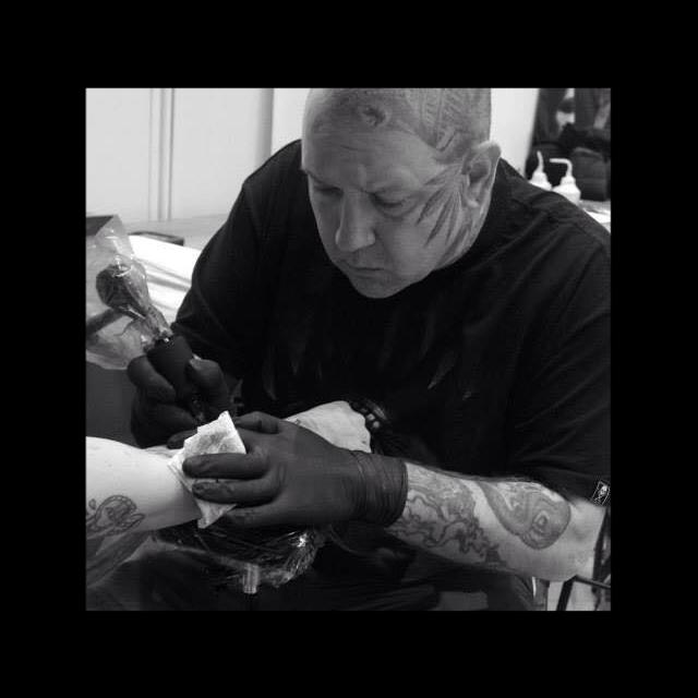 L.T. Woods - Tattooer