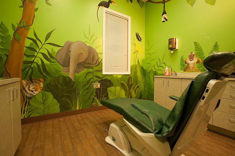 jungle-room.jpg