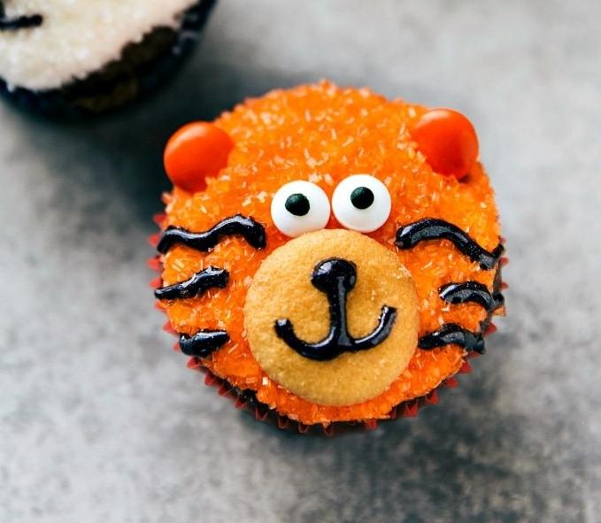 Tiger-Cupcake.jpg