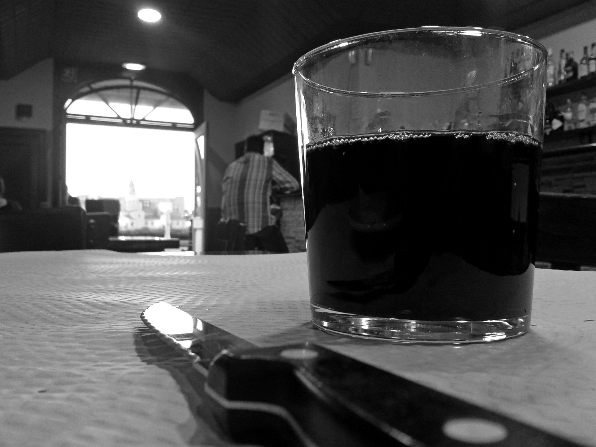 An 80 cent glass of  vino . I'll miss those heavy pours.