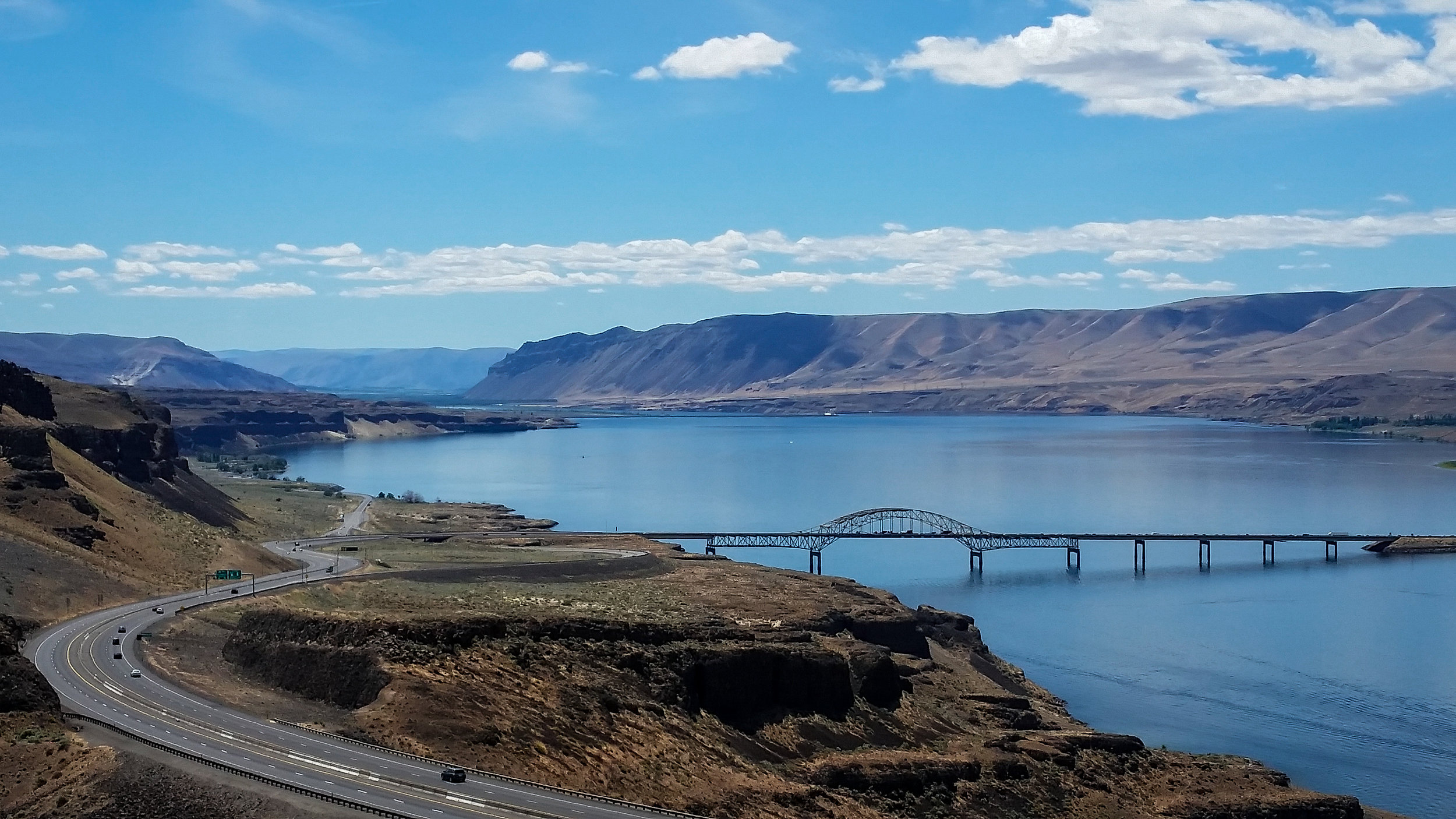 Wanapum Lake, a dam-engorged section of the Columbia River.