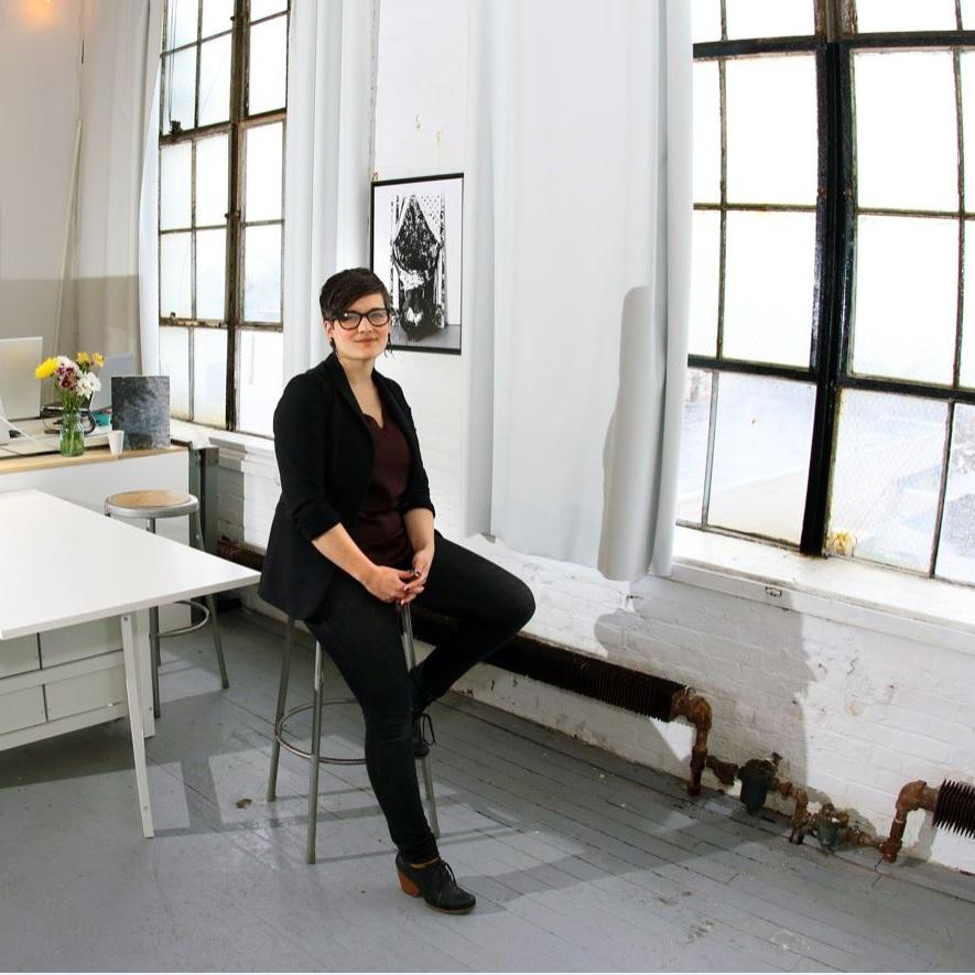 Jennifer in Studioinewhaven.JPG