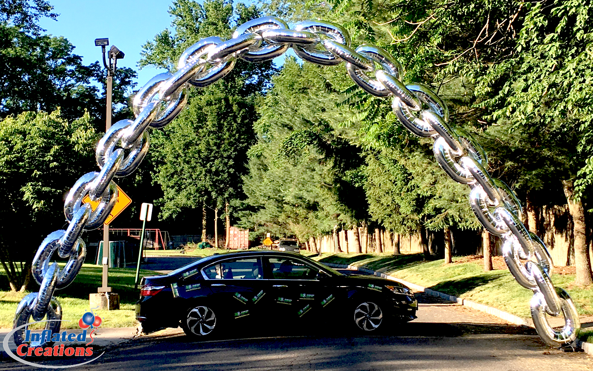 Chain-Link Race Arch