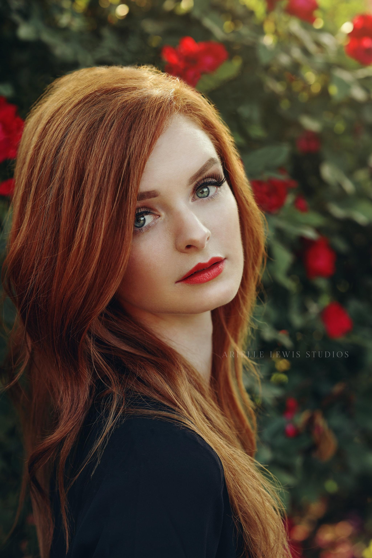 stunning_redhead_portrait.jpg