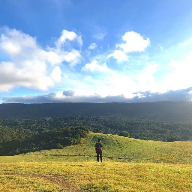 #為了__你可以去到幾盡#又越過高山又越過谷。⛰🌿🏃🏾it has been a super hard core yet exciting week preparing for DevNet Create... I can't wait to take a break and go out for a nice hike and see this beautiful world again!!! #攰到一個點 #我要努力向上 #高山低谷 #夜闌人靜又係時候反省下 --- #workhardplayhard #wanderlust#nature#hike#landscape#sky#mountains#naturelovers#iphoneonly#sunol#bayareahikes#tbt#wildflowerseason#wilderness