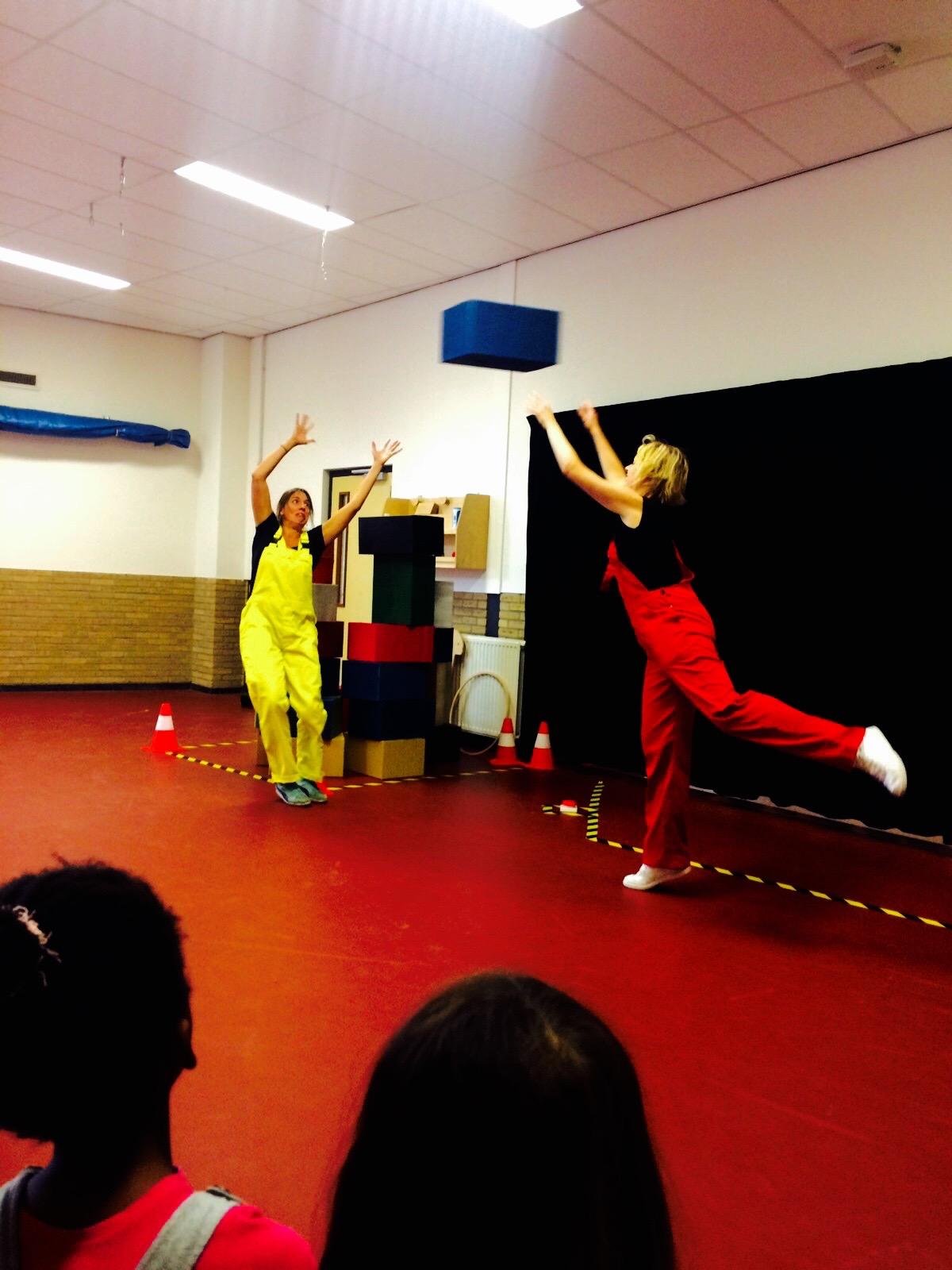 voorstelling op letterland basisschool almere