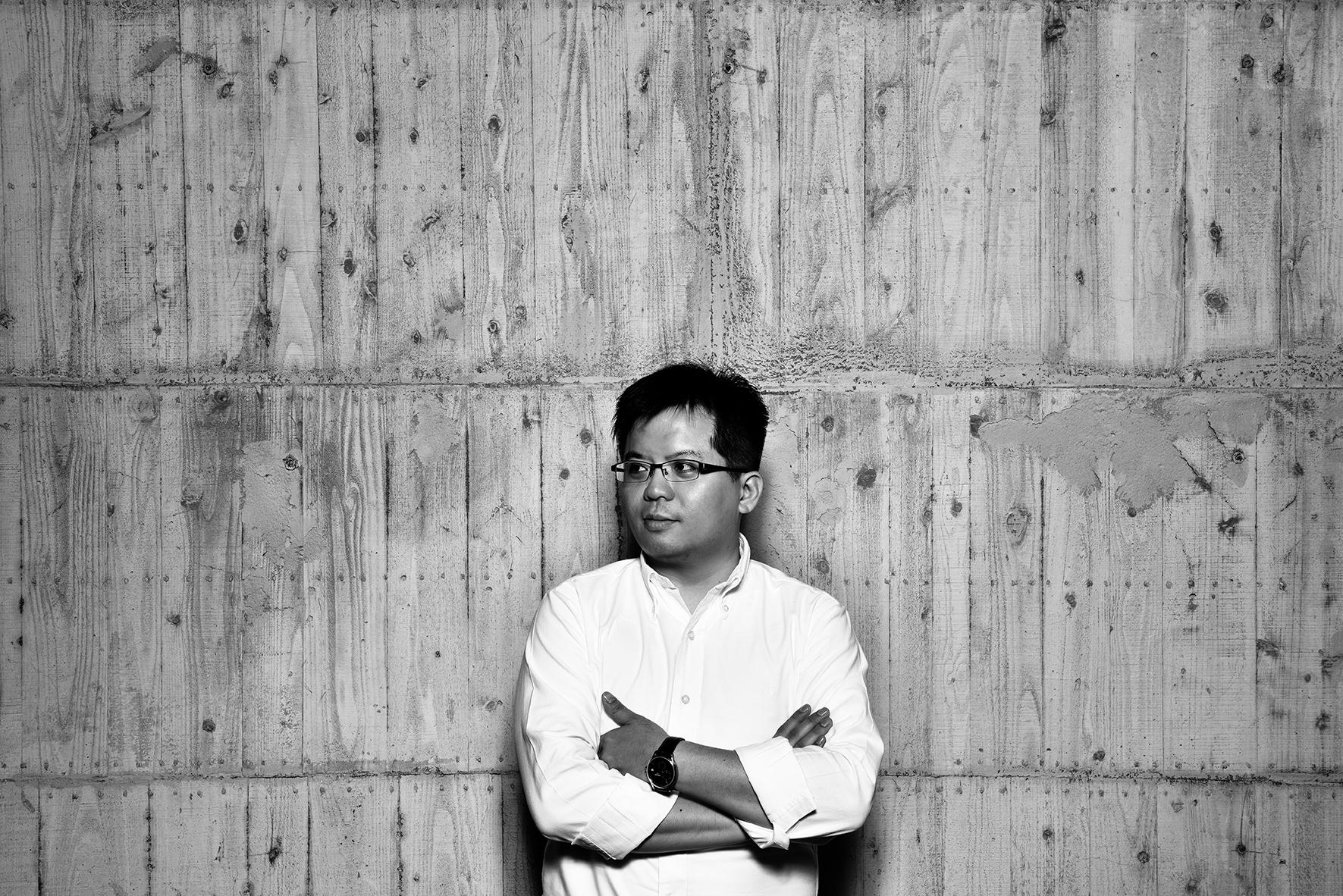 朱芳毅 Fang-Yi Chu / 陶藝家 Ceramist  國立台南藝術大學材質創作與設計系 / 專任講師 Lecturer of Material Arts & Design, Tainan National University of the Arts