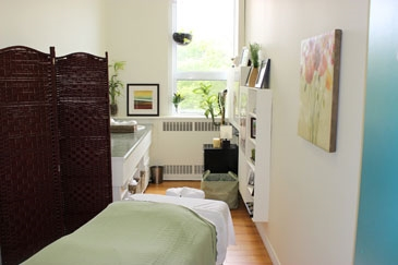 PL Massage Therapy room.jpg