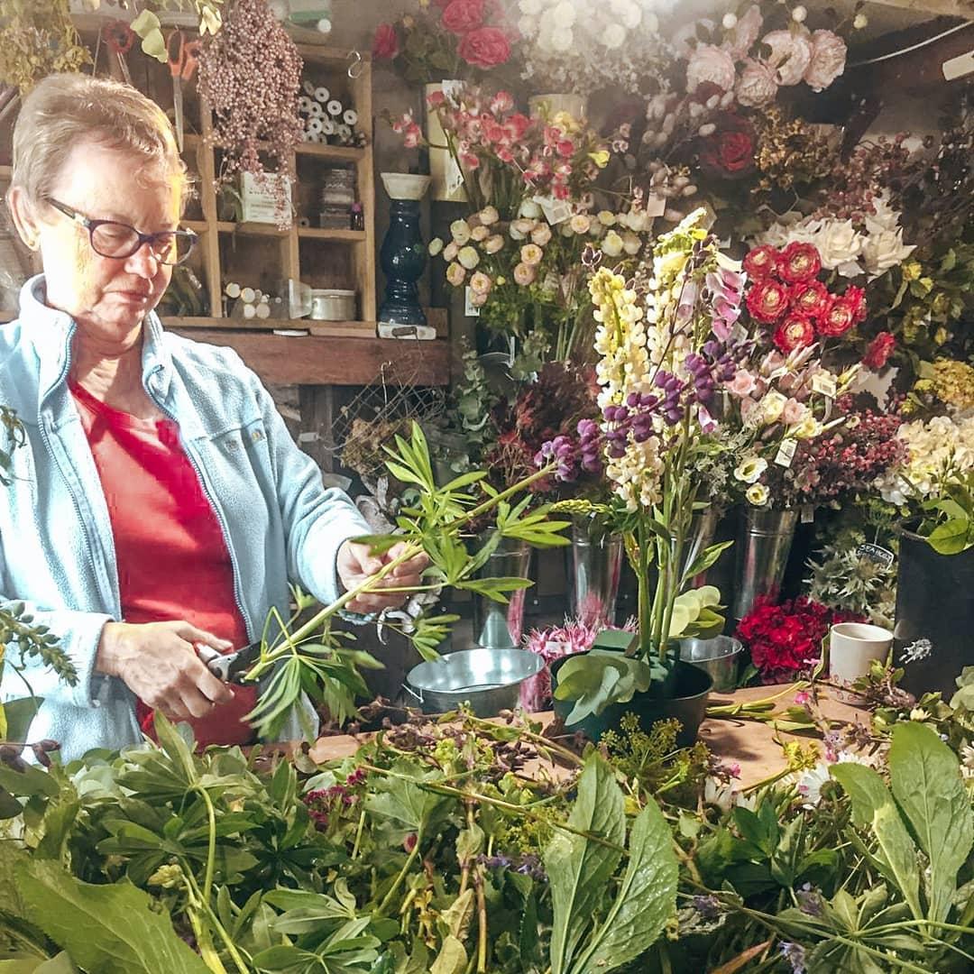 floral-arranging-class